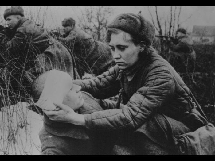 У войны не женское лицо. Воспоминания женщин-ветеранов. 21