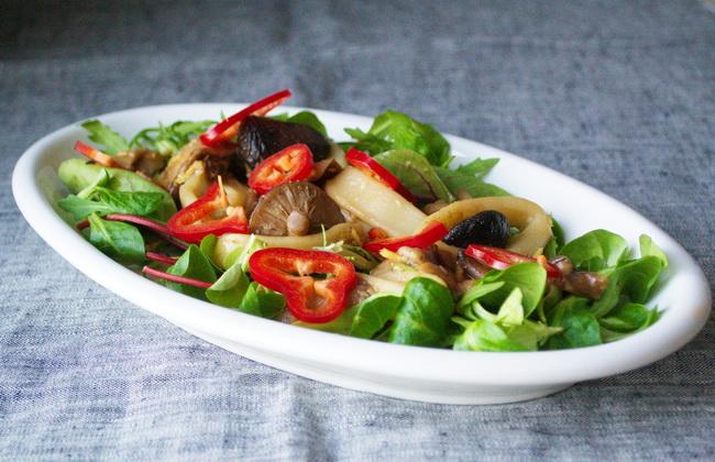 салат с кальмаром1