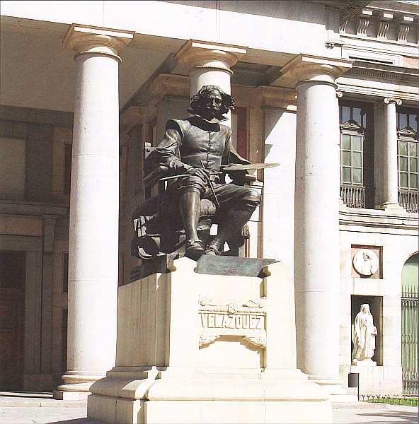1-Памятник Д. Веласкесу перед музеем Прадо.jpg