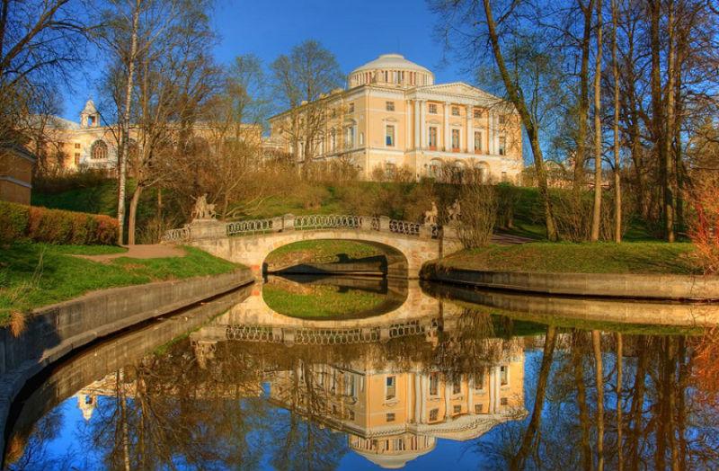 Pavlovsk-Palace.jpg