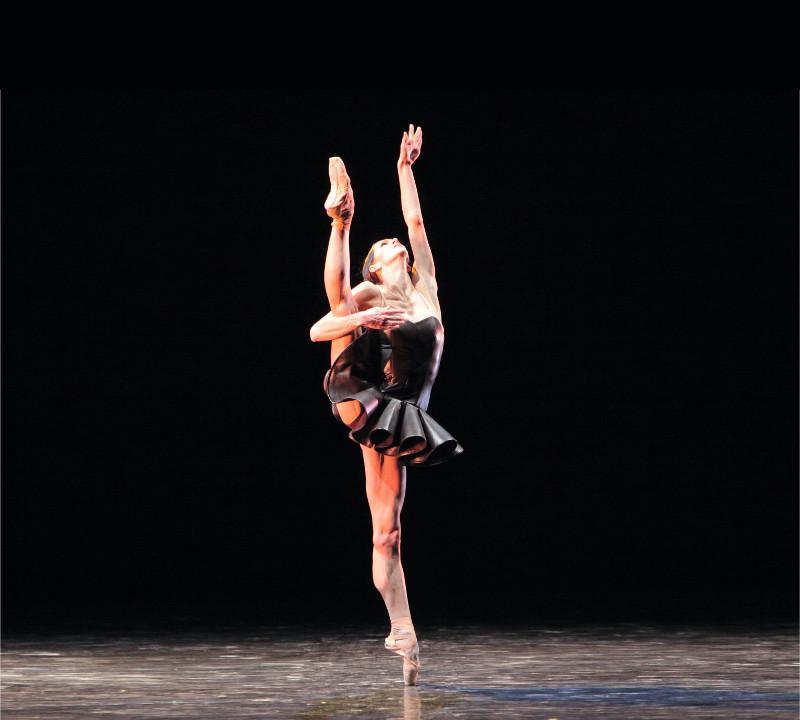 4-Полина Семионова в балете «Отражения» - Костюм Игоря Чапурина.jpg