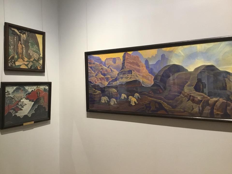 4-Выставка Рерихов.jpg