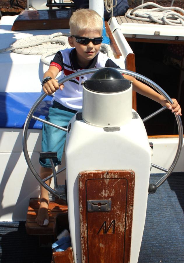 Дима на яхте