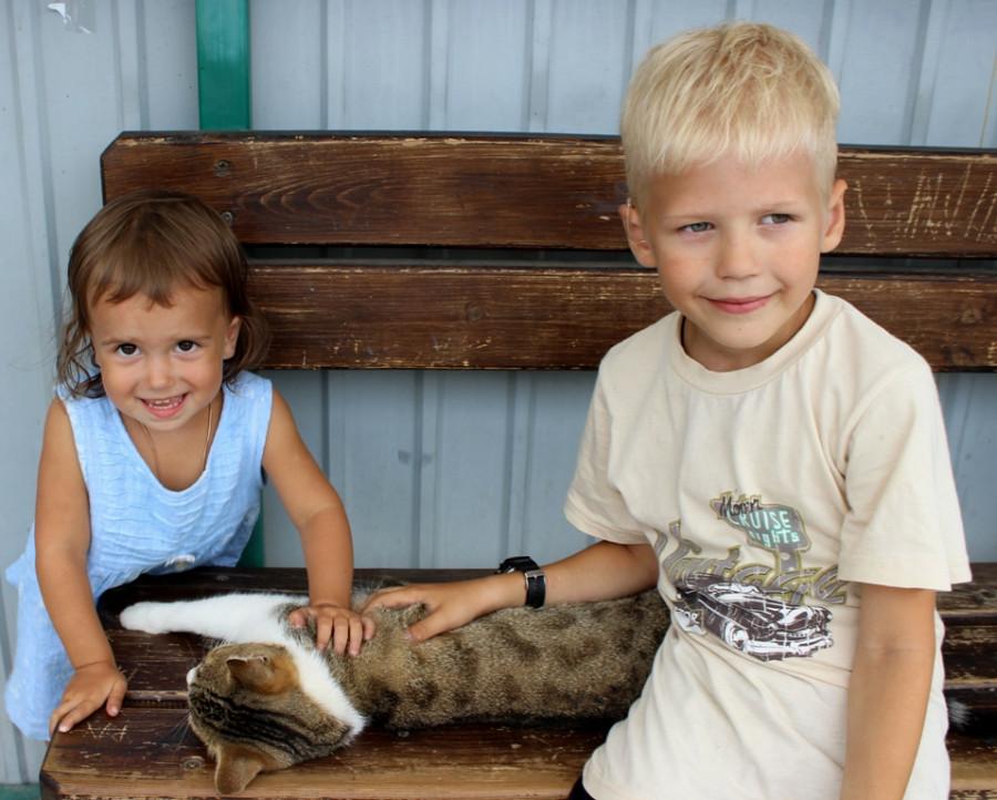 Дима, Саша и котяра))