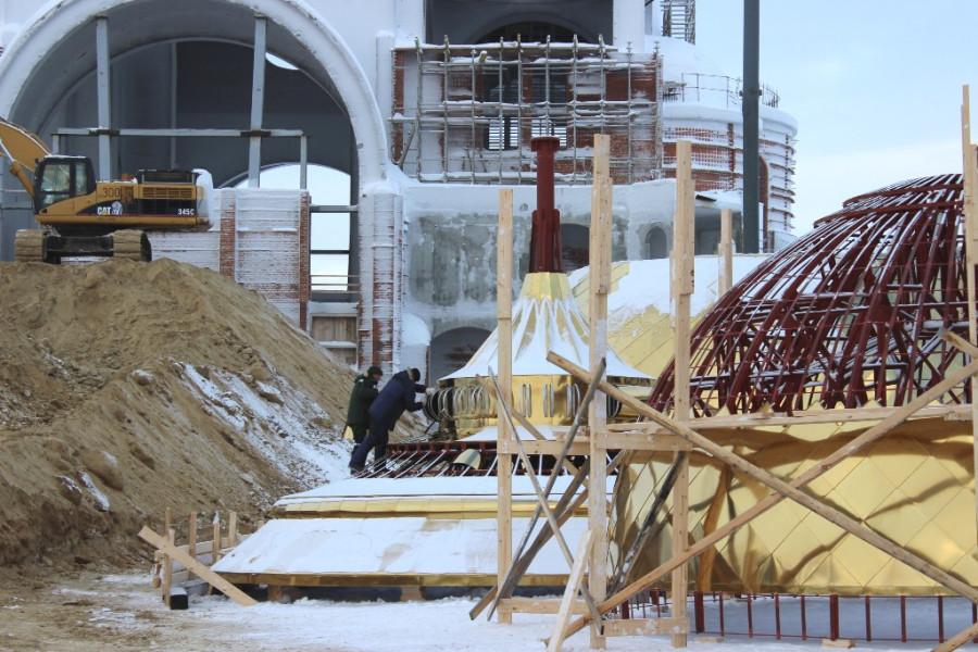 монтаж покрытия купола