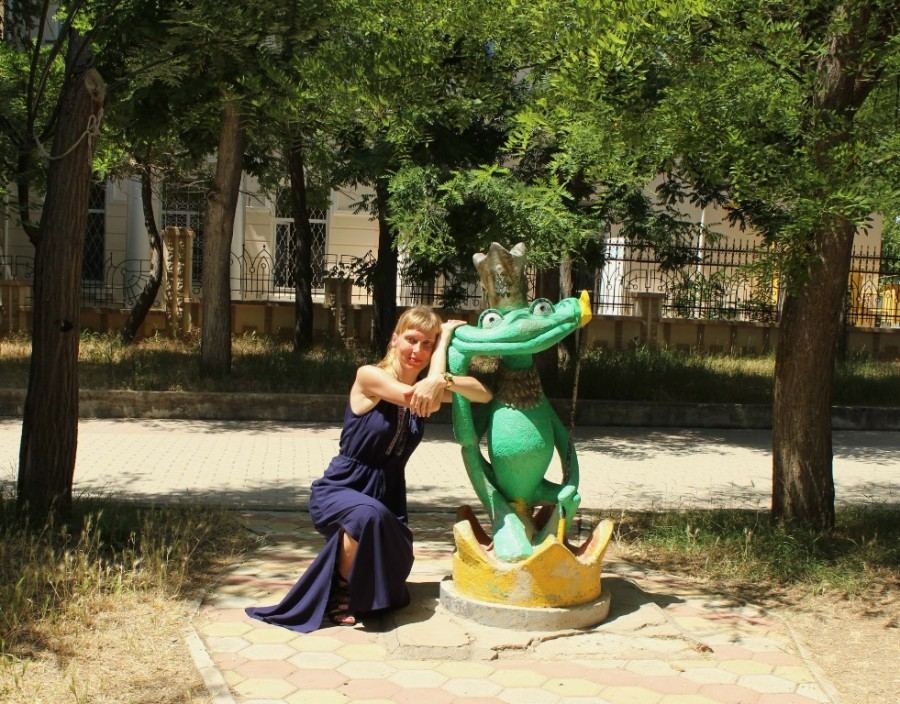 царевна лягушка и лягушка)