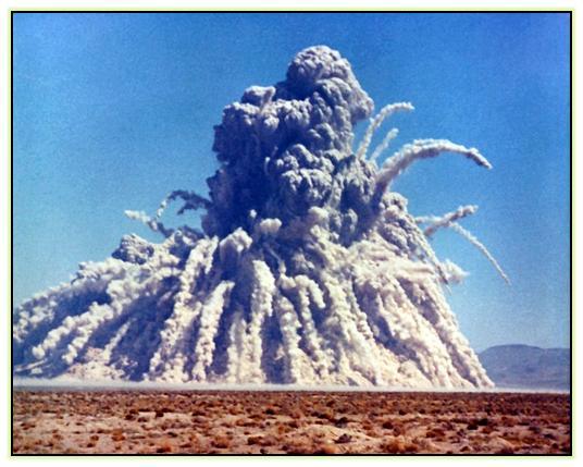 Проект гафниевой бомбы (США)