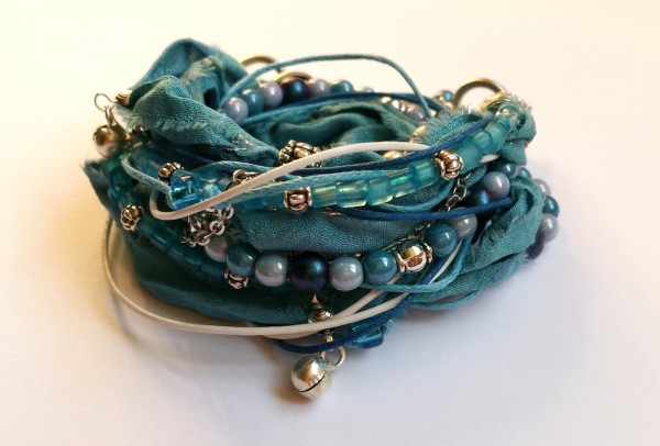 blue-sea-breath bracelet_small.jpg