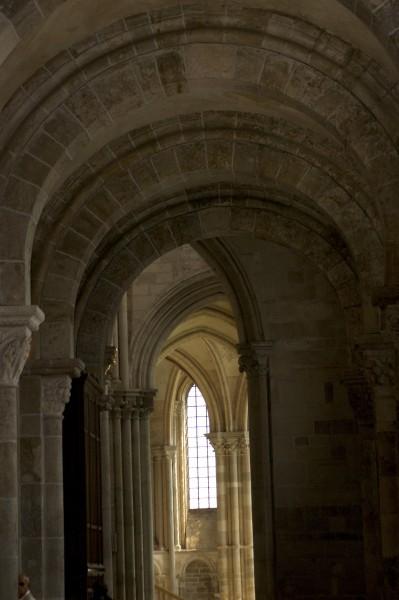 Vézelay arks.jpg
