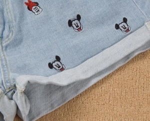 mickey mouse denim short details