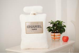 Chanel Parfum Pillow white
