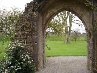 Wells - Bishops Gardens
