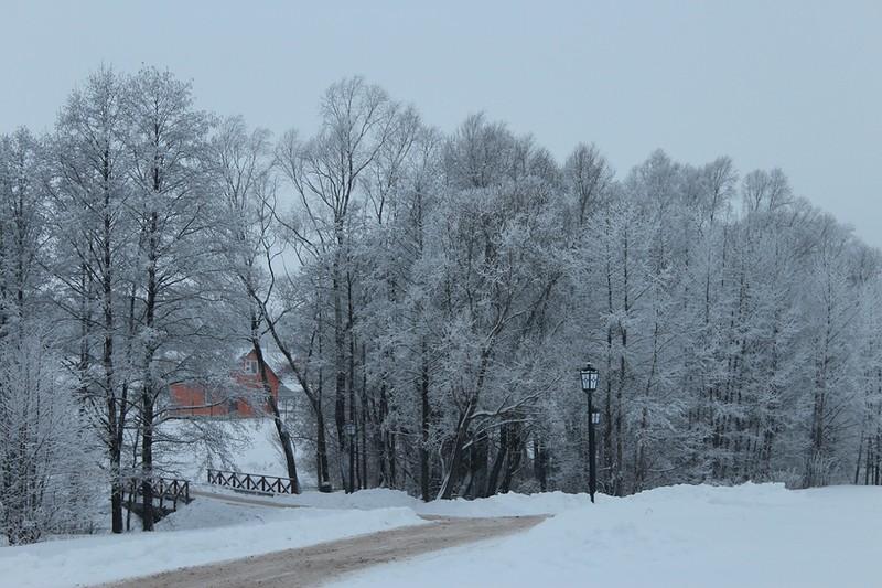 Источник Николая Чудотворца зимой