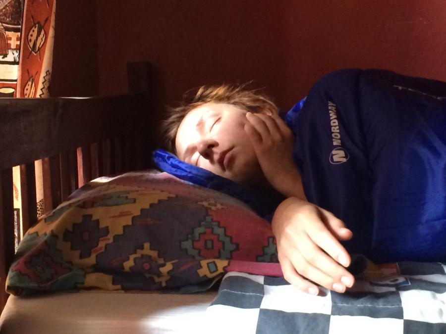 Он спал она этим воспользовалась и залезла в трусы фото 512-320
