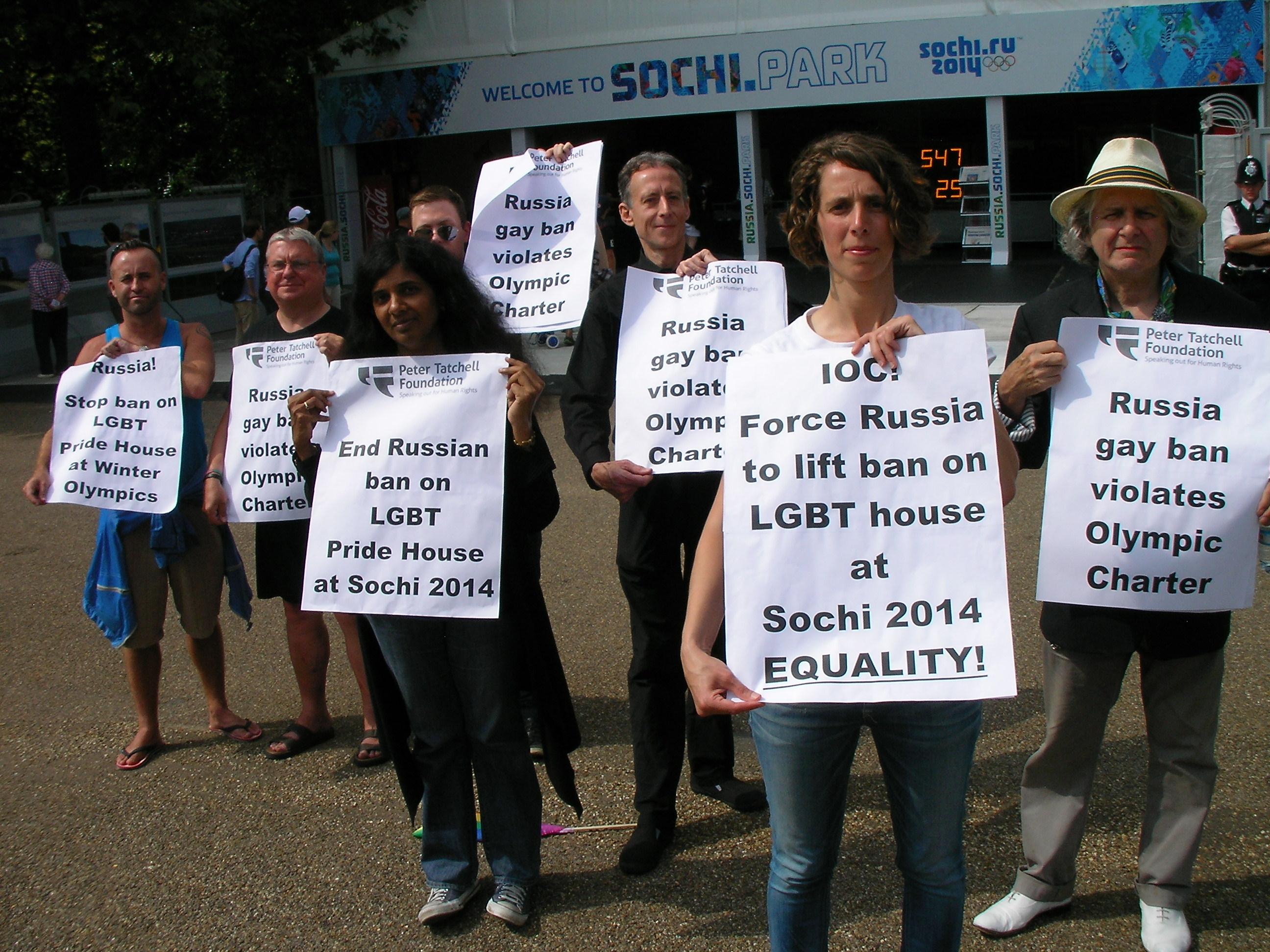 Sochi-protest-9-Aug-2012-2