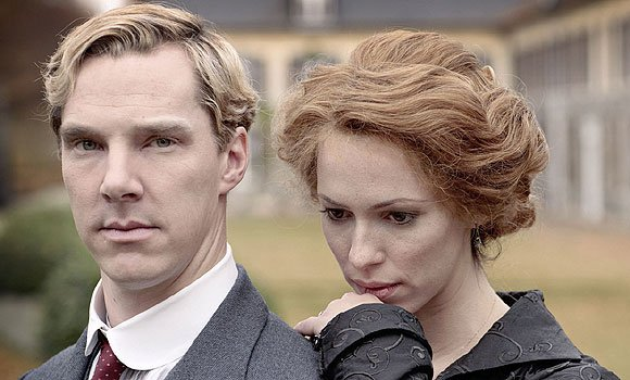 Benedict_Cumberbatch_and_Rebecca_Hall_in_the_first_trailer_for_Parade_s_End