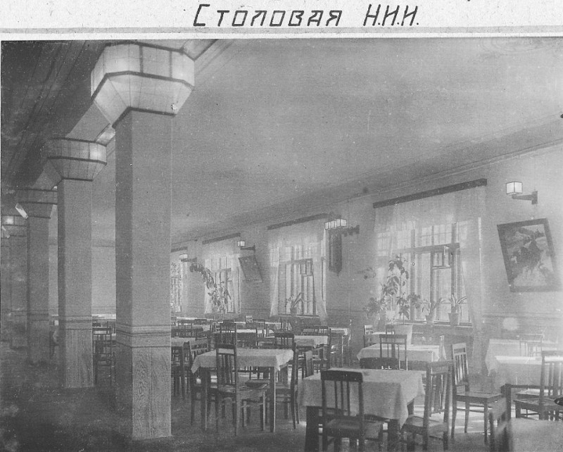 светильники на колоннах
