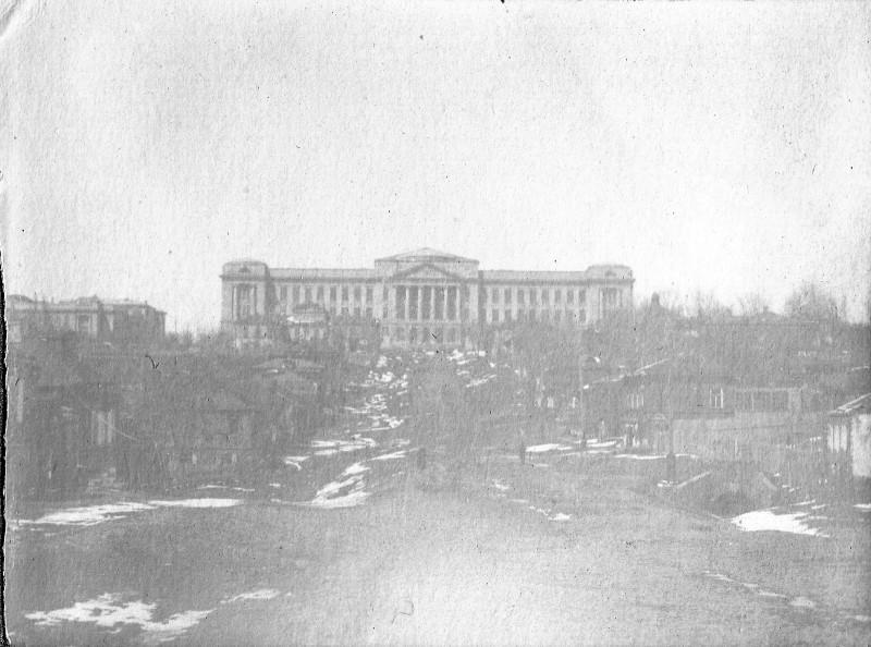 Современная улица Орджоникидзе, бывшая Барочная, в сторону Главного корпуса Политехнического института