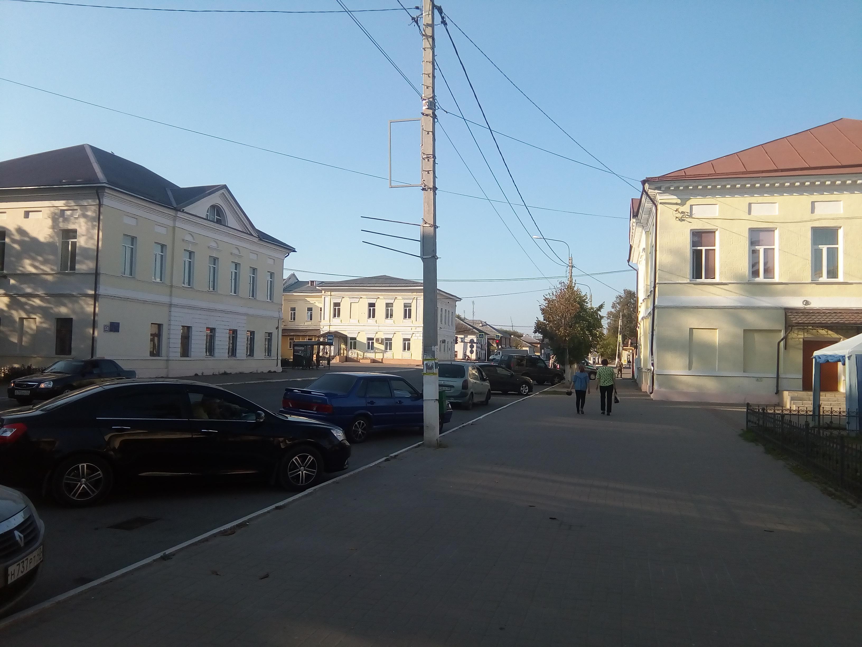 Застройка улиц, типичная для небольших русских городков девятнадцатого- начала двадцатого века. Улица Большая Советская