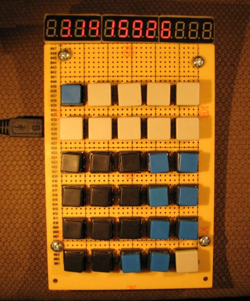 Реплика калькулятора МК-54 в рабочем состоянии