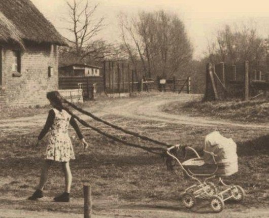 wtf-hilarious-vintage-old-timey-black-and-white-photos5