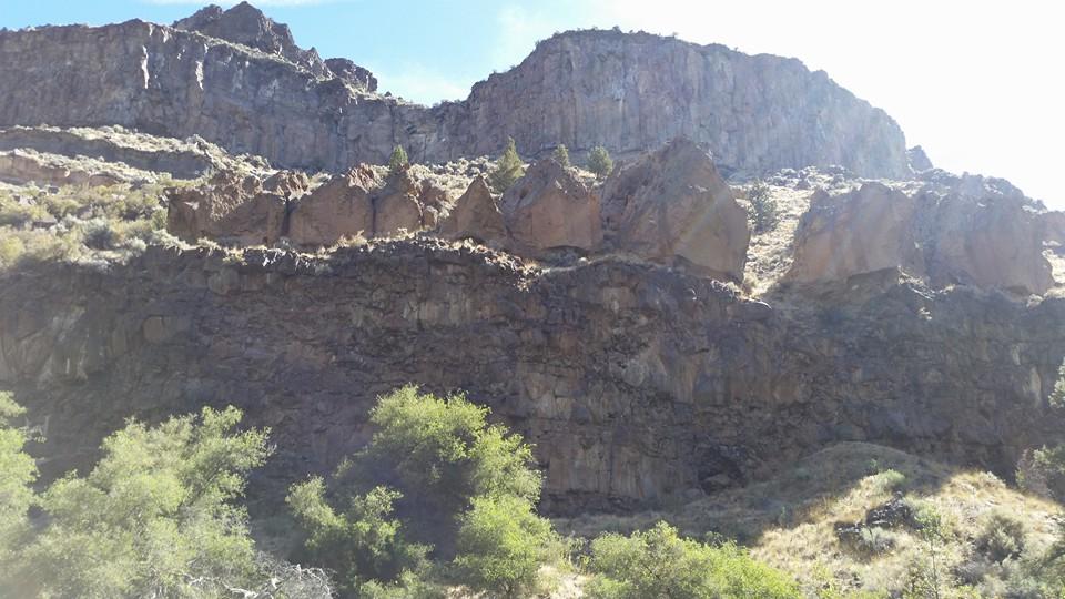 2016-08-22 Basalt layers.jpg