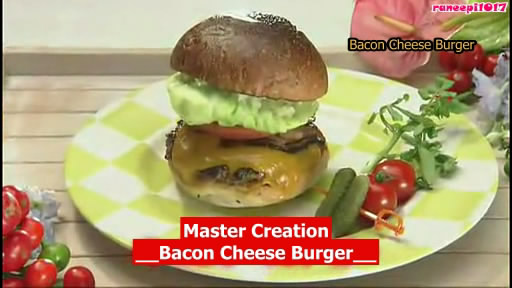[raneepi1017@lj] [Chubaw Desu yo] 2011.10.22 Massu makes bacon cheese burger-eng.avi_snapshot_20.37_[2012.09.13_16.34.33]
