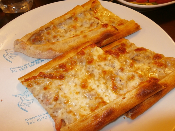 m_pide on plate