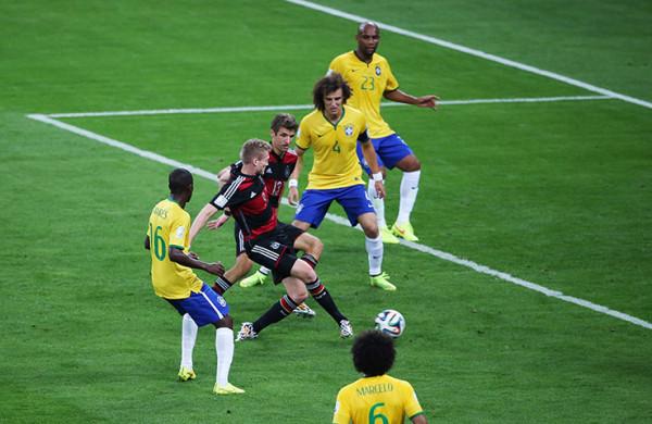 9 Brazil-v-Germany---FIFA-W-002