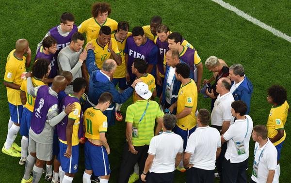 12 Brazils-coach-Luiz-Felipe-007