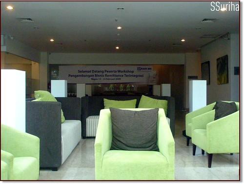 Sepagi Hotel Santika Bogor sementara menunggu Ibu Ayudha