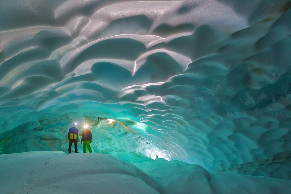 Первозданная Камчатка. Часть 3 - Снежные пещеры.