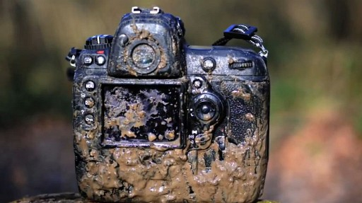 nikon-d3s-goes-through-05