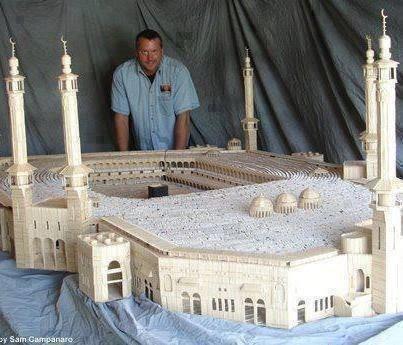 Макет мечети из дерева