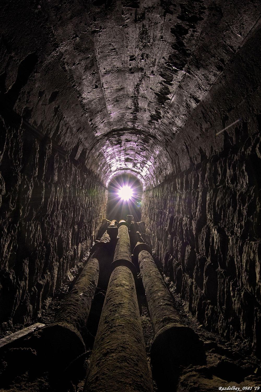 Заброшенный тоннель белого камня в Москве