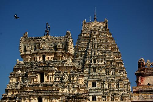 Virupaksha-Temple-01