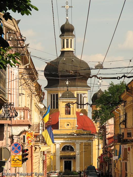 Тыльная сторона Николаевский собор, Черновцы