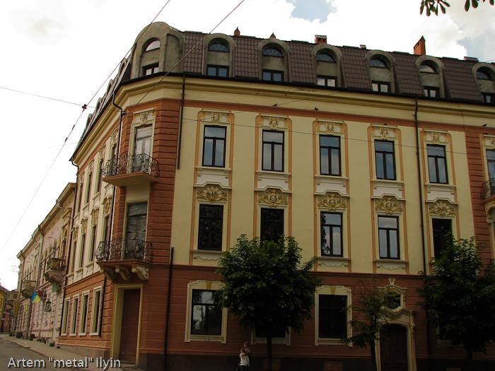 Старые красивые здания, Черновцы