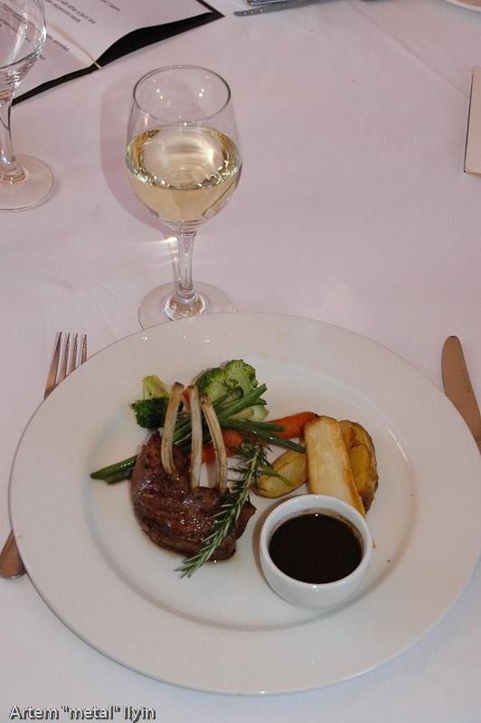 Мясное блюдо в ресторане Кейп Тауна, Южная Африка