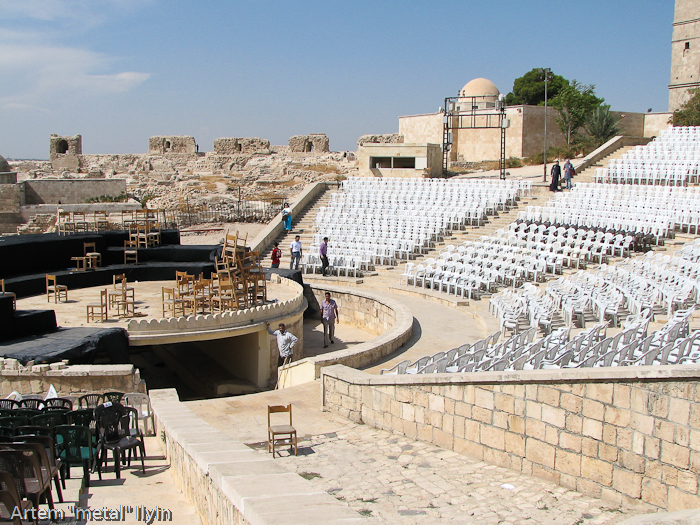 Театры цитадели Алеппо, Сирия. Здесь проходили современные концерты