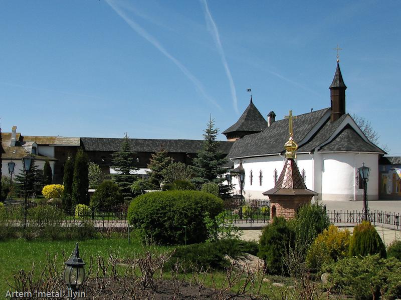 Двор Зимненского монастыря, село Зимнее, Волынская область