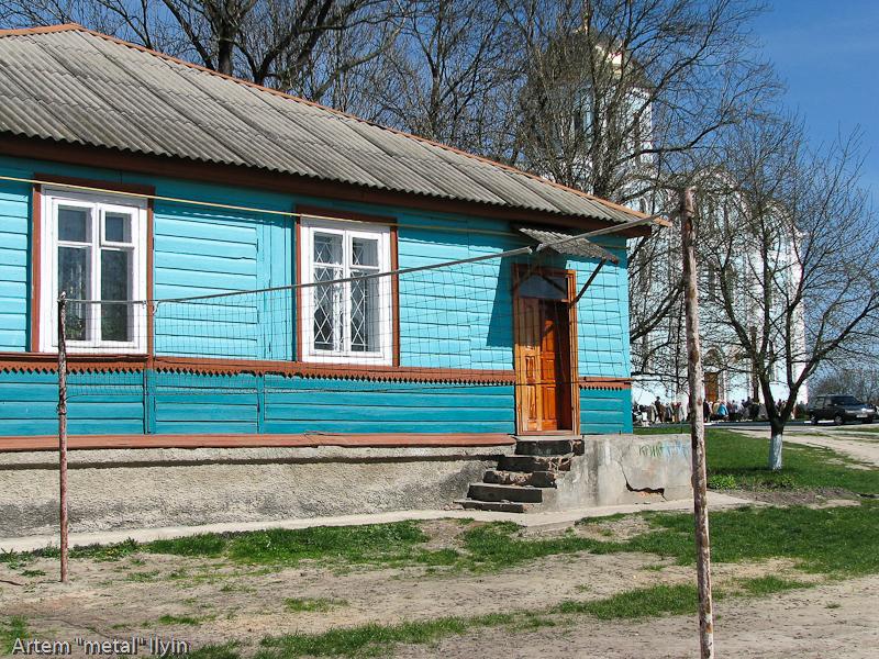 Волейбольная площадка во дворе Успенского собора, Владимир-Волынский, Волынская область