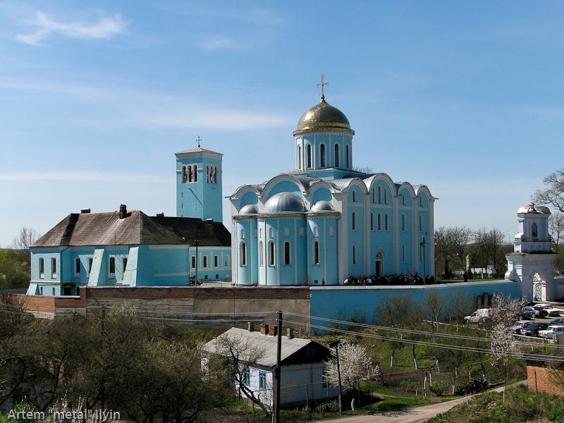 Успенский собор (храм Мстислава) - культовое сооружение с оборонительными функциями, Владимир-Волынский, Волынская область