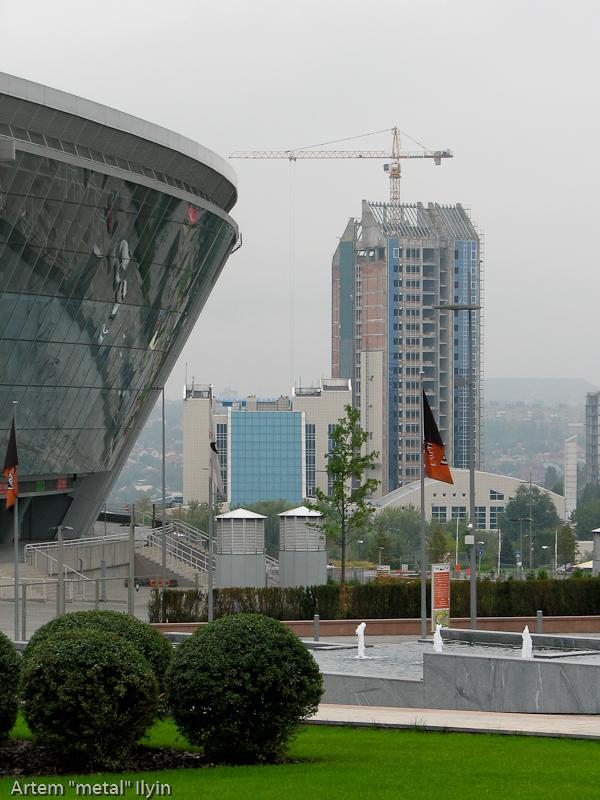Новый корпус отеля Виктория огромен