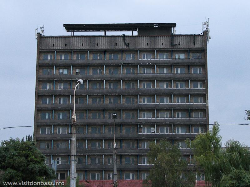 Гостиница Азовсталь в Орджоникидзевском районе Мариуполя