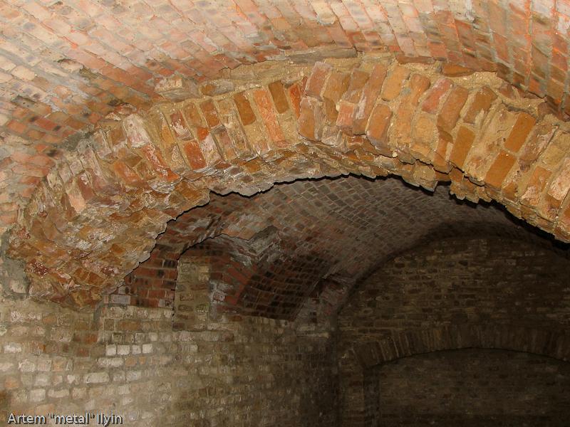 Кирпичные своды поземелий замка Любарта в Луцке разрушаются от грунтовых вод