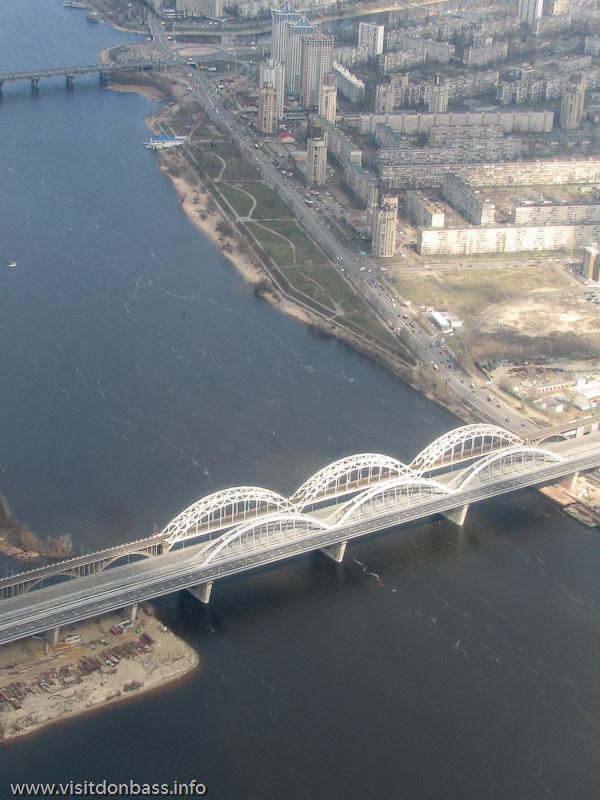 Полет над Киевом, мост Кирпы
