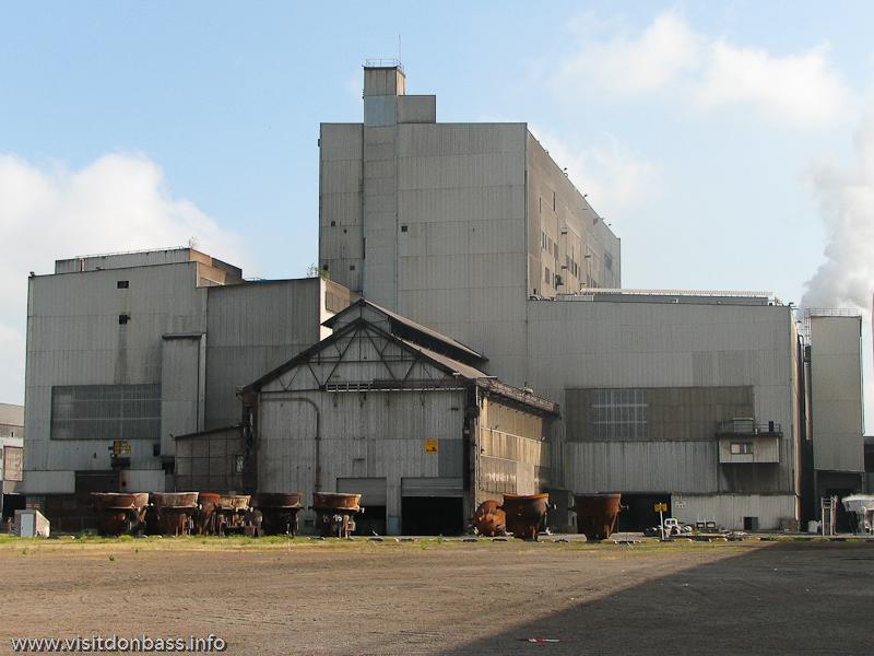 Выплавка стали на металлургическом заводе в Люксембурге