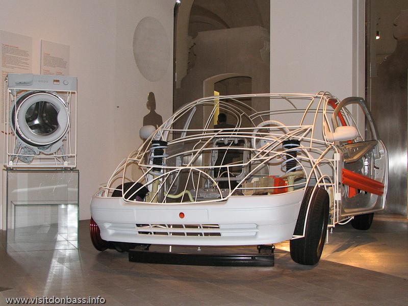 Экспозиция о производстве стали в Discovery Gallery в корпоративном университете ArcelorMittal в шато ARBED в Люксембурге