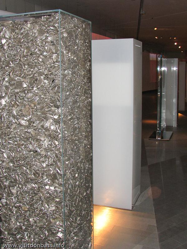 Рассказ о Зеленой стали в Discovery Gallery в корпоративном университете ArcelorMittal в шато ARBED в Люксембурге